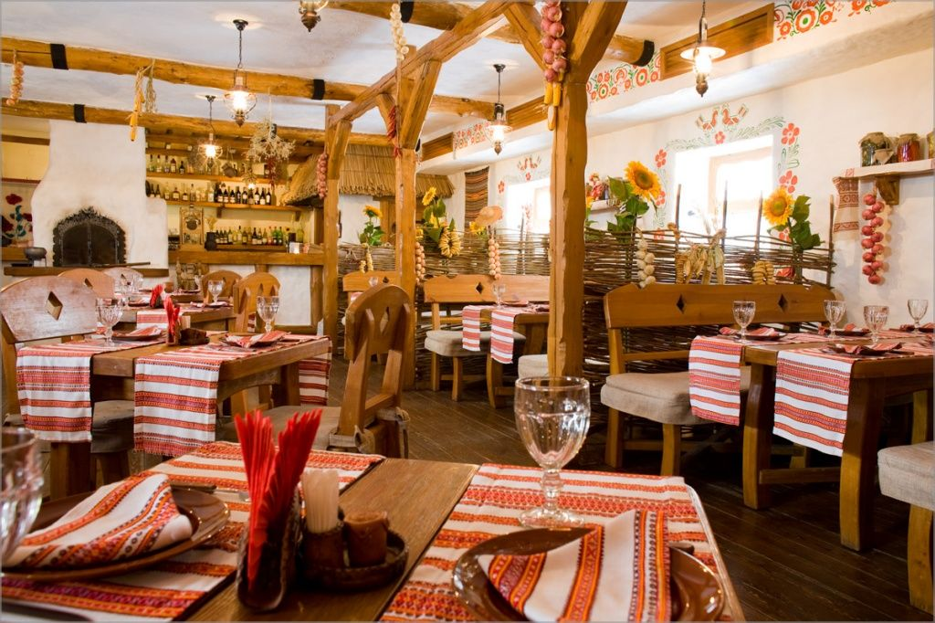 Foto Restorana Gulyaj Pole Volgogradthe Interiors Of The Restaurant
