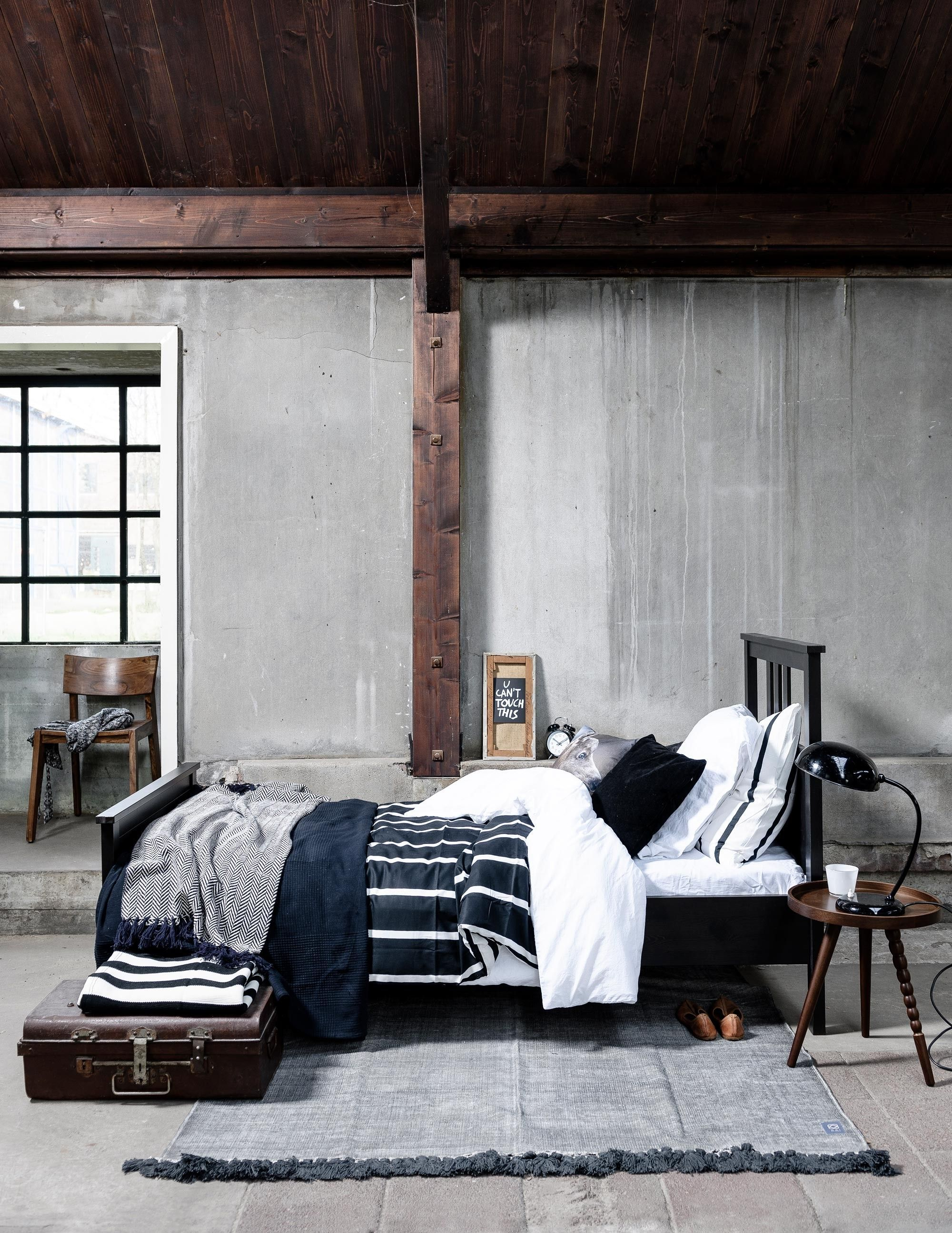 50 Cozy Industrial Bedroom Inspiration Shabby Chic Bedrooms Rh Pinterest Co  Uk