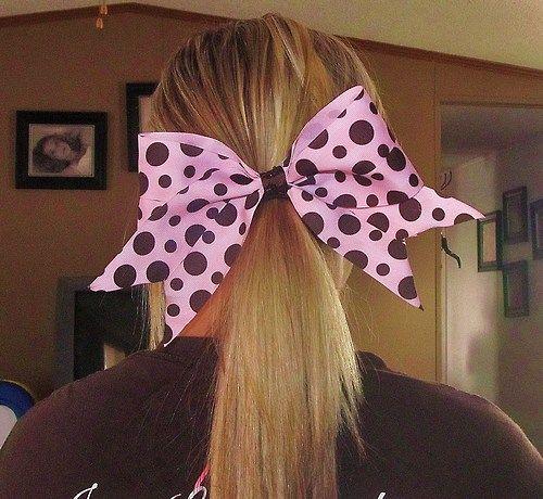 Cute polka dots.. needs glitter