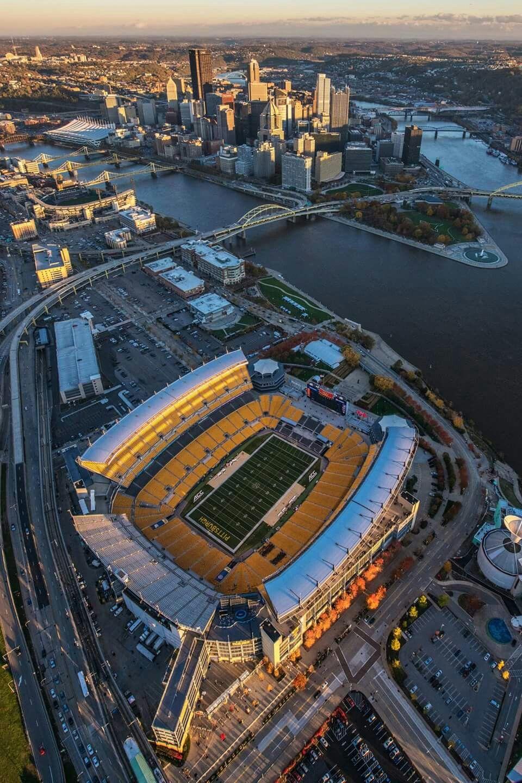 GREAT PIC OF HEINZ FIELD Pittsburgh steelers stadium