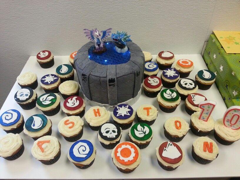 Skylanders cake and cupcakes Skylanders cake, Cupcake