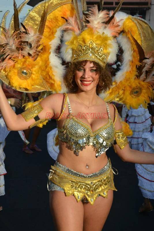 LES BELLES DU DIMANCHE GRAS - Carnaval de Martinique 2016 : toute l'actualité du carnaval sur FranceAntilles.fr