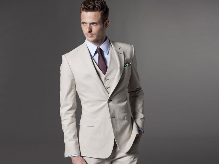The Ultimate Khaki Linen Suit by Indochino | THE WEDDING ...