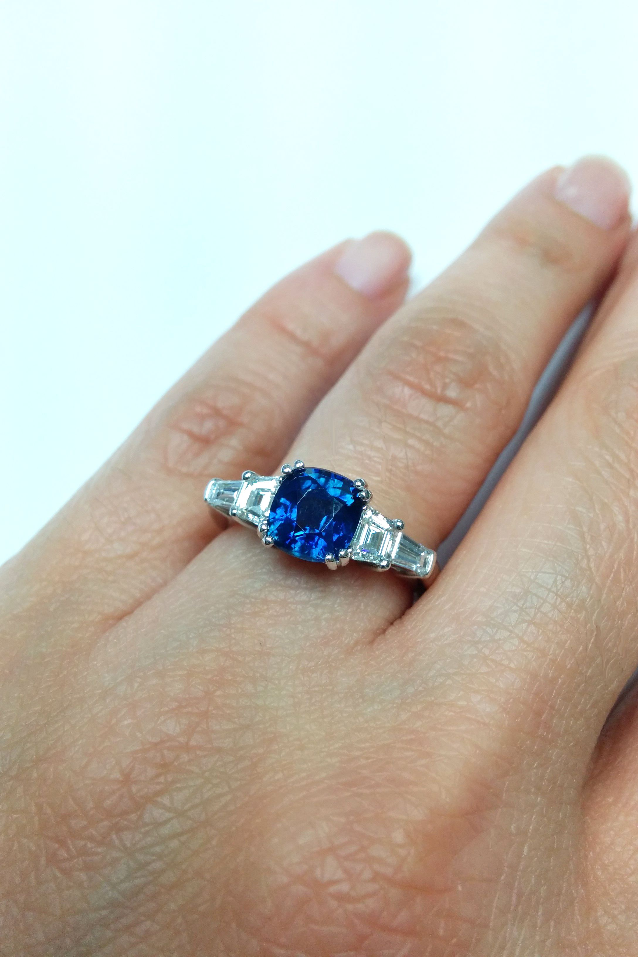 ring rings engagement sapphire guide img colored gemstone the tiara alternative