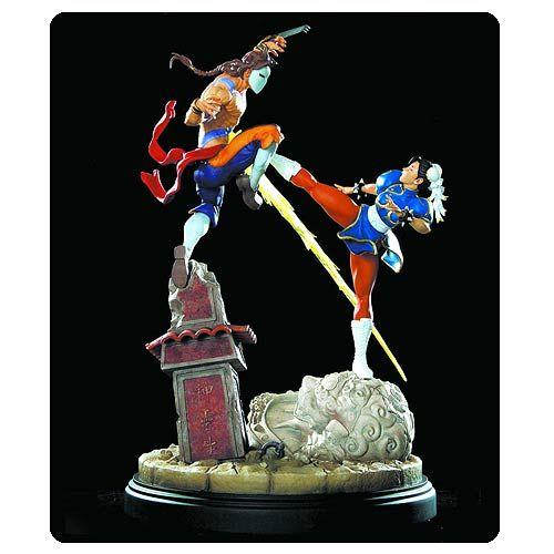 Street Fighter Chun-Li vs. Vega Diorama Statue
