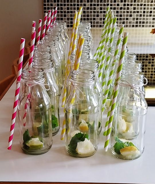 Mecixan party; bottles and straws. Elämäni päivä