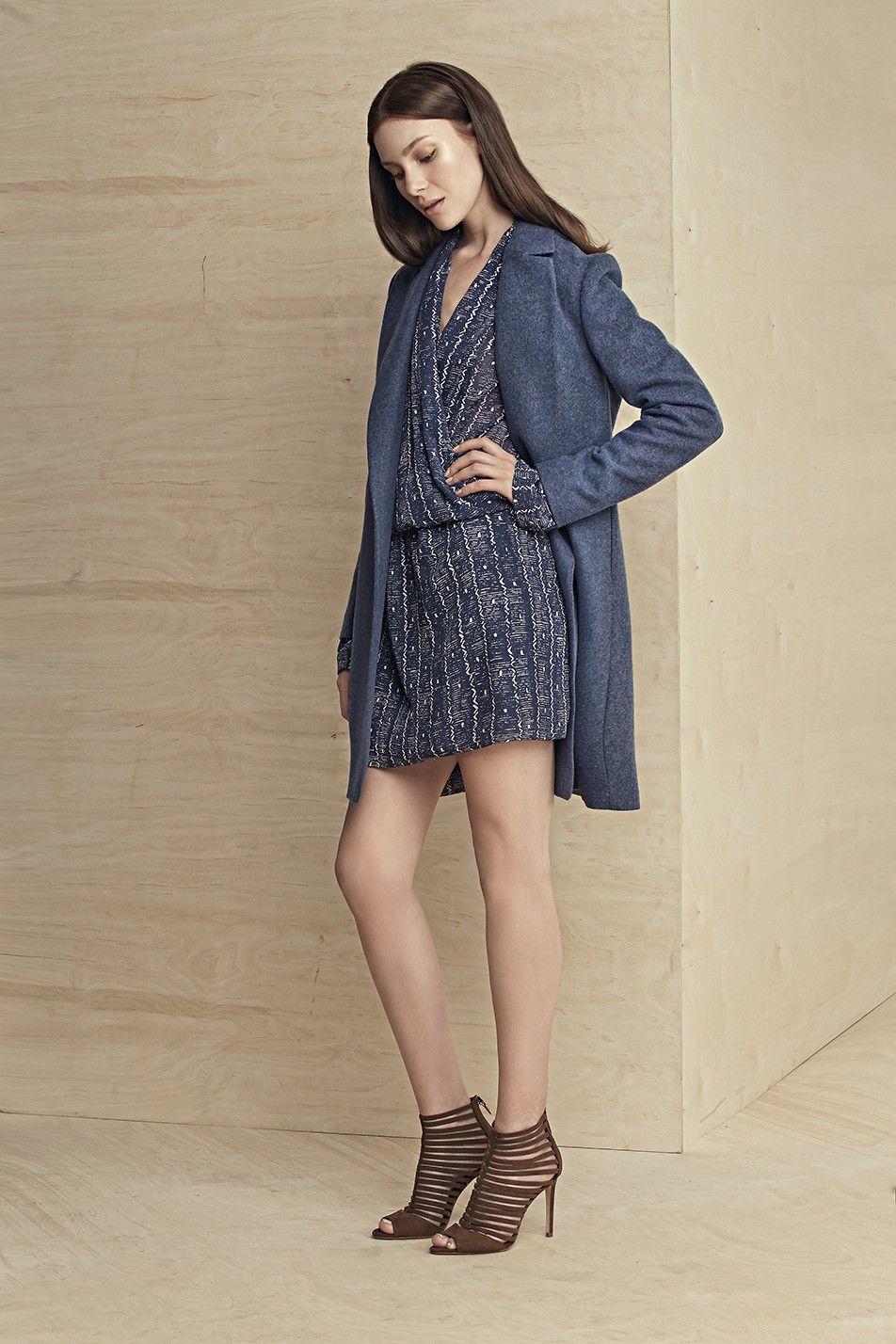 LEBRAND Minimalistyczny płaszcz bez zapięcia niebieski