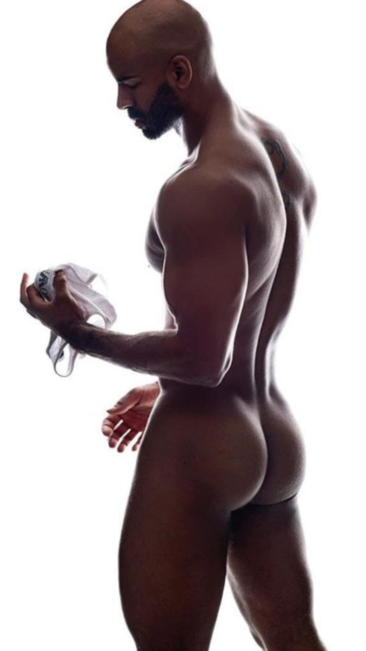 Small Ebony Bubble Butt