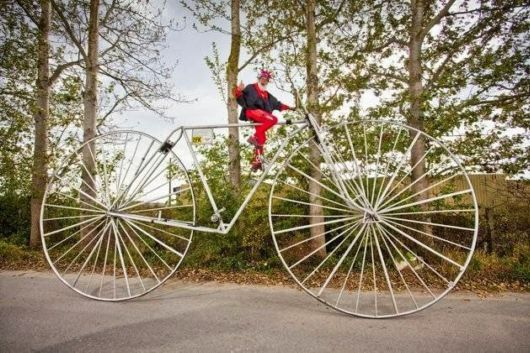 The largest rideable bicycle has a wheel diameter of 3.3 m (10 ft 9.92 in) andwas built by Didi Senft (Germany) and measured at Pudagla, Germany