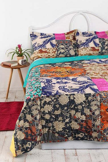 Couvre lit patchwork motif persan chez urban outfitters for Chambre urban outfitters