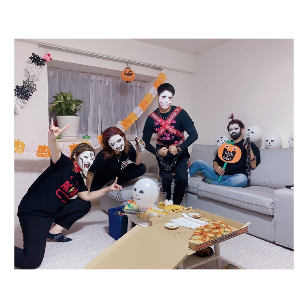 Halloween party 2019 白塗りって難しいのね 次回… DINNER ヘビメタ, 白塗り, あげる