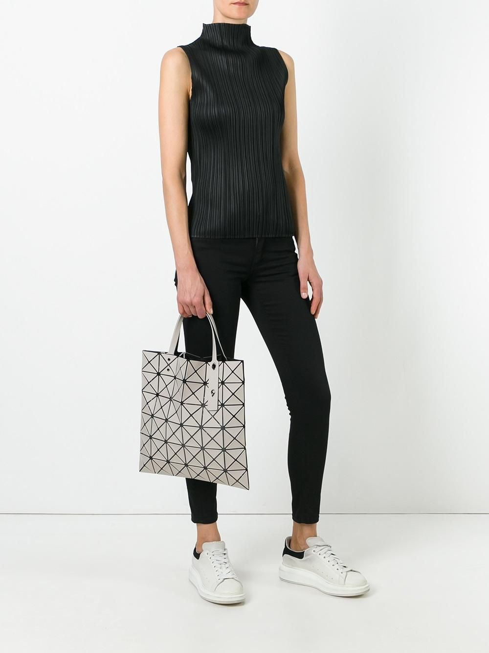 OUTFIT | Pleats please + Bao Bao Issey Miyake Lucent tote +