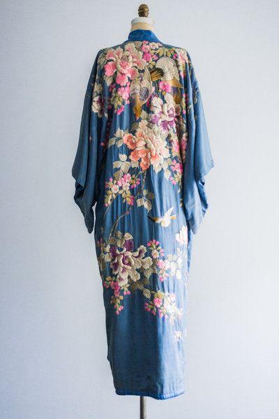 die besten 25 kimono morgenmantel ideen auf pinterest. Black Bedroom Furniture Sets. Home Design Ideas