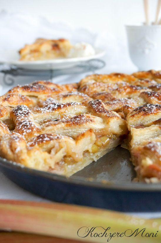 Pie Crust, Rhubarb Pie, Rhabarberkuchen, Mürbeteig, American Rhubarb Pie,  Zimt Creme Fraiche, Rustikaler Kuchen, Aufwändiger Kuchen, Für Gäste, Pie  Crust, ...