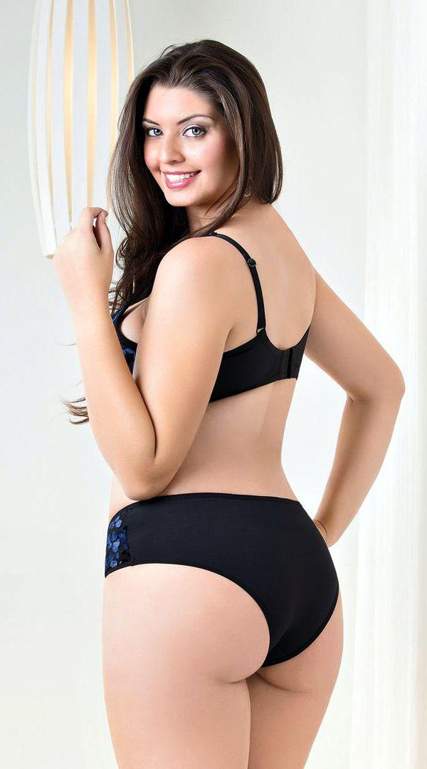 Mature latina porn pic