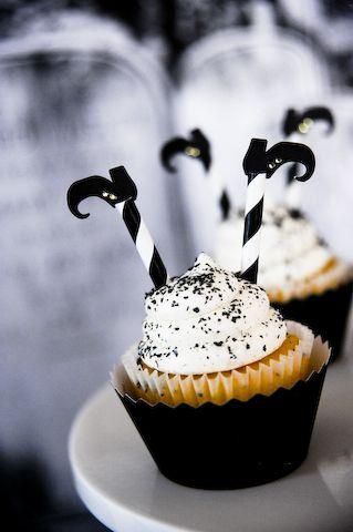 Tolle Halloween-Deko für Cup-Cakes