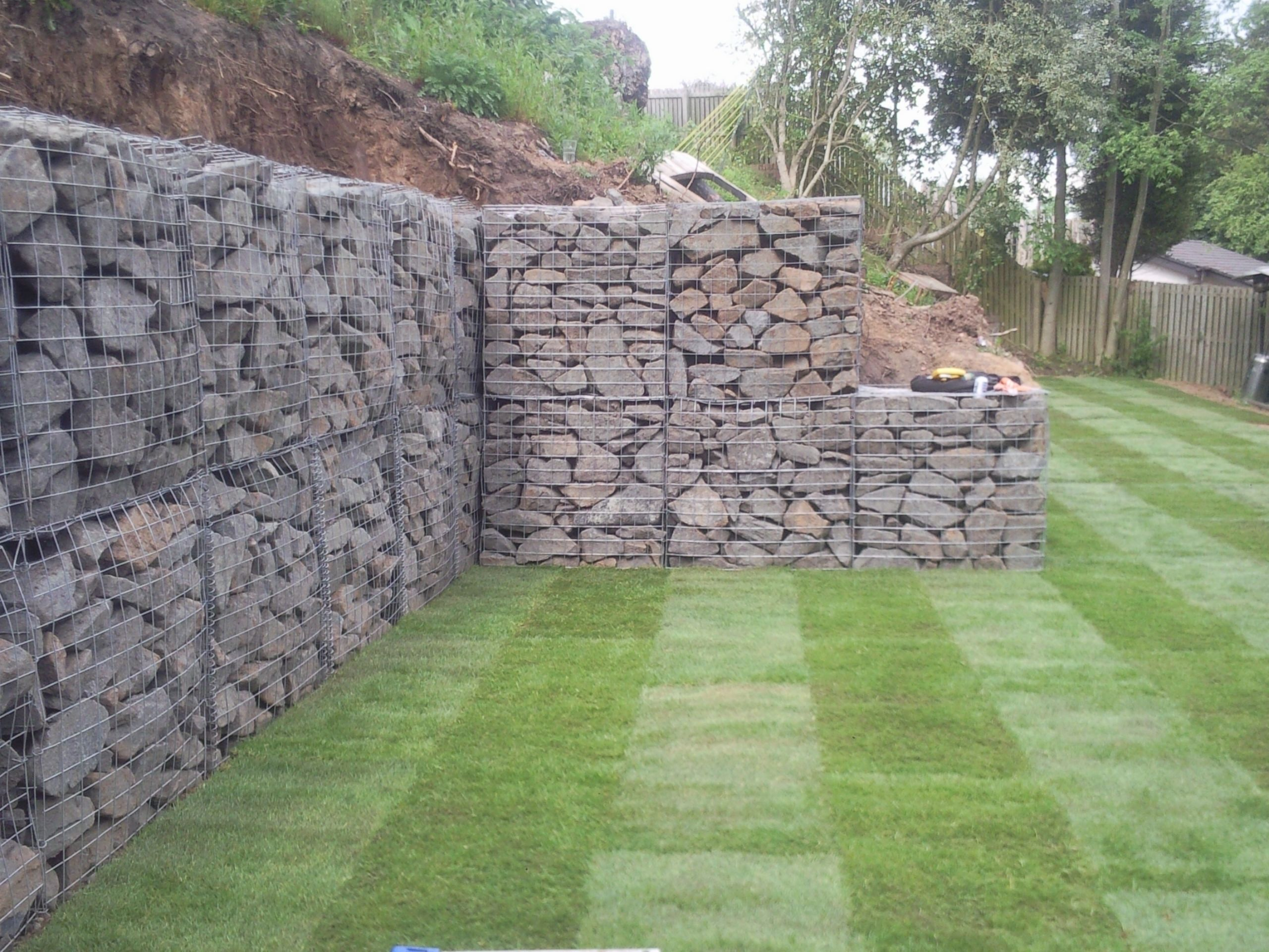 gaviones decorativos mil anuncios com para piedras 134526673 3 natural stones on strong iron gabion baskets as retaining wall for  landscape architecture ideas