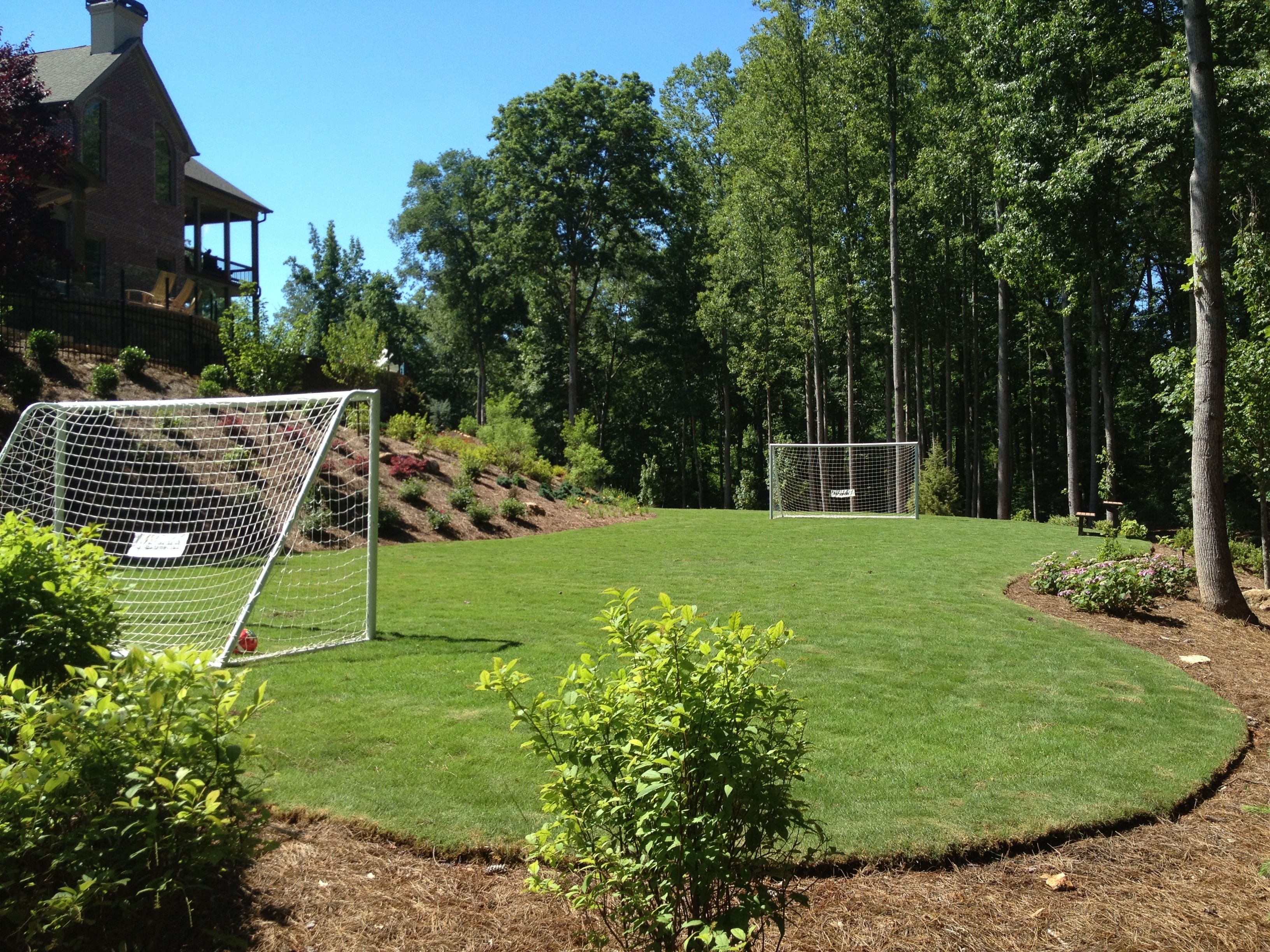 Incroyable Custom Soccer Field Designed And Built By Outdoor Advantage