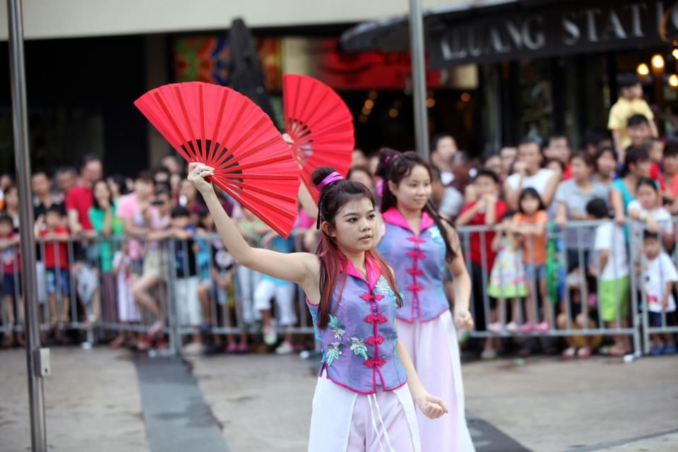 Chinese New Year Celebration The Waterfront, Desa