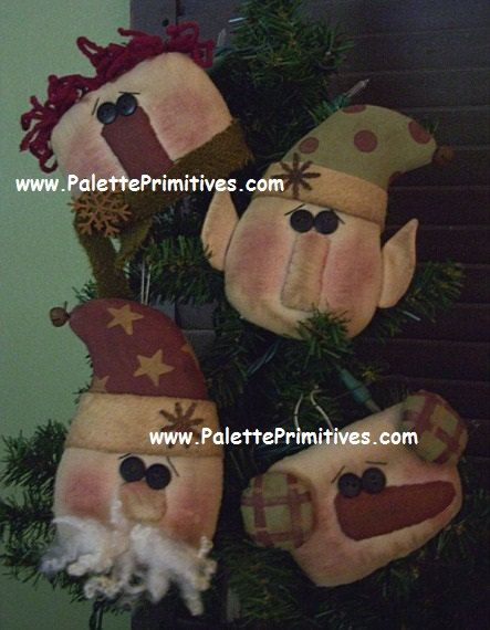 Primitive Patti/'s Ratties Jolly Gathering Santa Ornies Paper Pattern #208