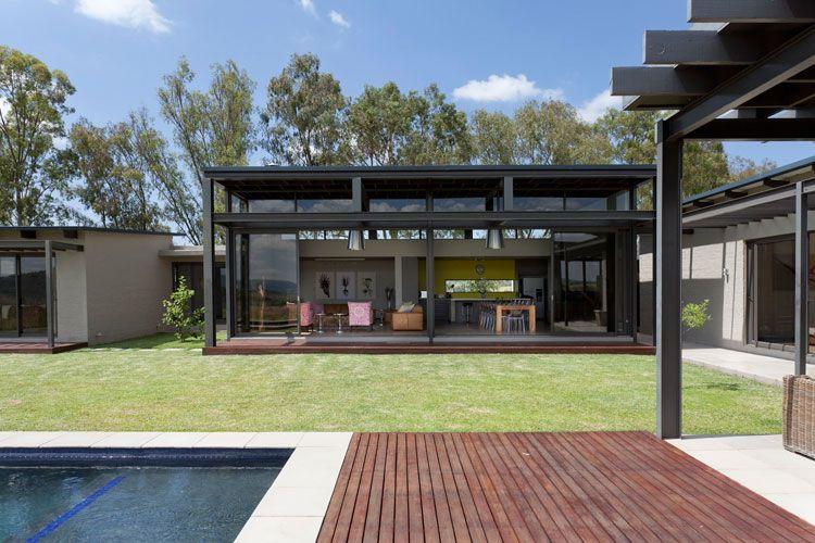 Monaghan Farm, Lanseria, Johannesburg (Phillip Briel Architect)