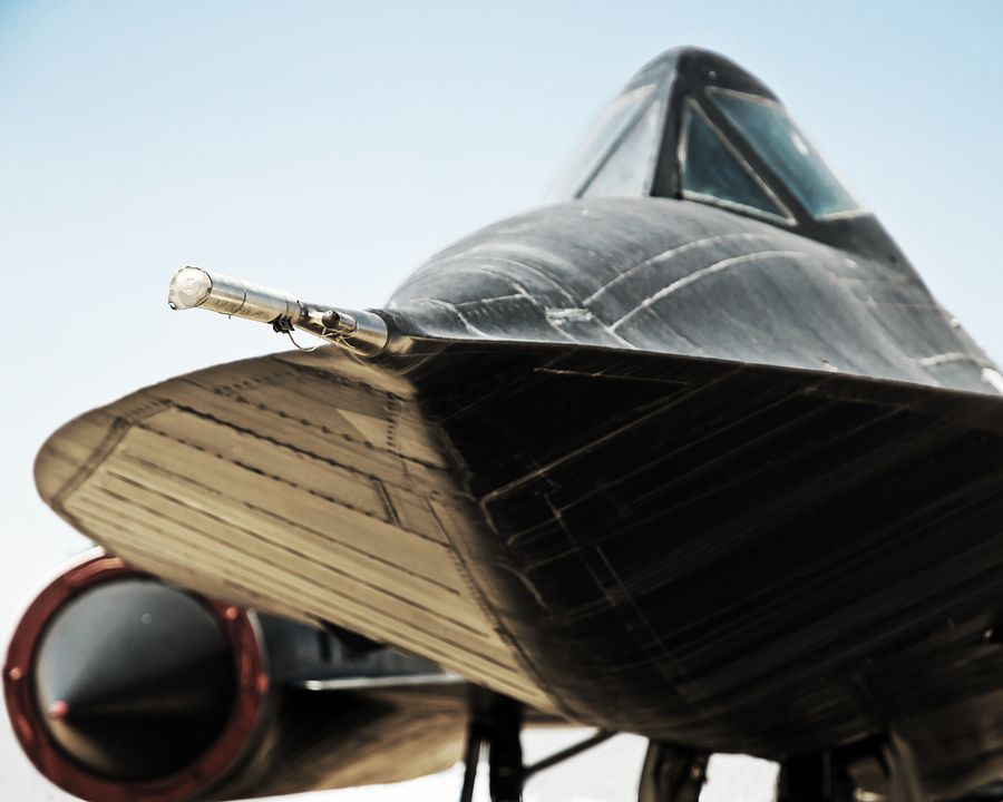 """..._SR 71: I asked L.T. about this plane, oddly, he said, """"...the thing you never ever forget about this plane is THAT SMELL! The fuels for the APU's or the Jet could open your sinuses two kilometers away!"""""""