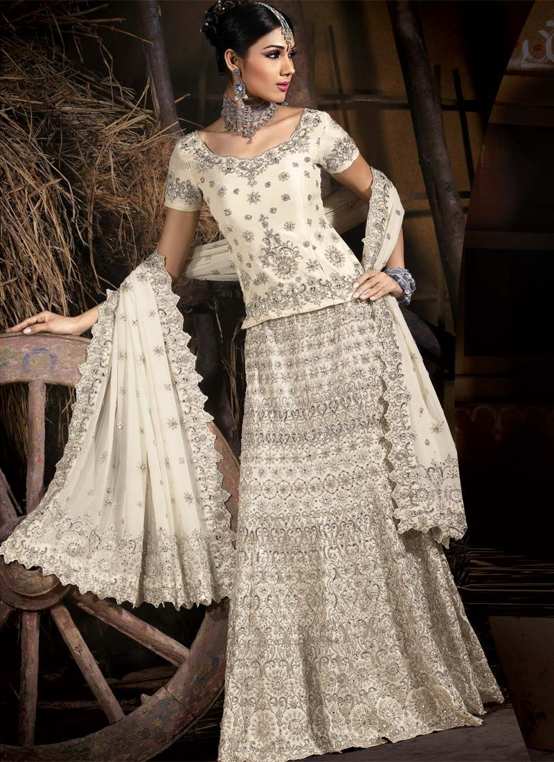 indian wedding dress #silver #offwhite | Indian Wedding | Pinterest ...