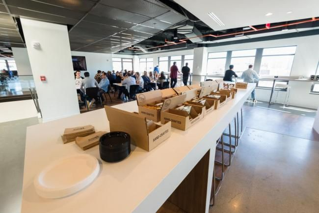 Check out what it's like to work at KAYAK in their amazing Cambridge, Massachusetts offices!