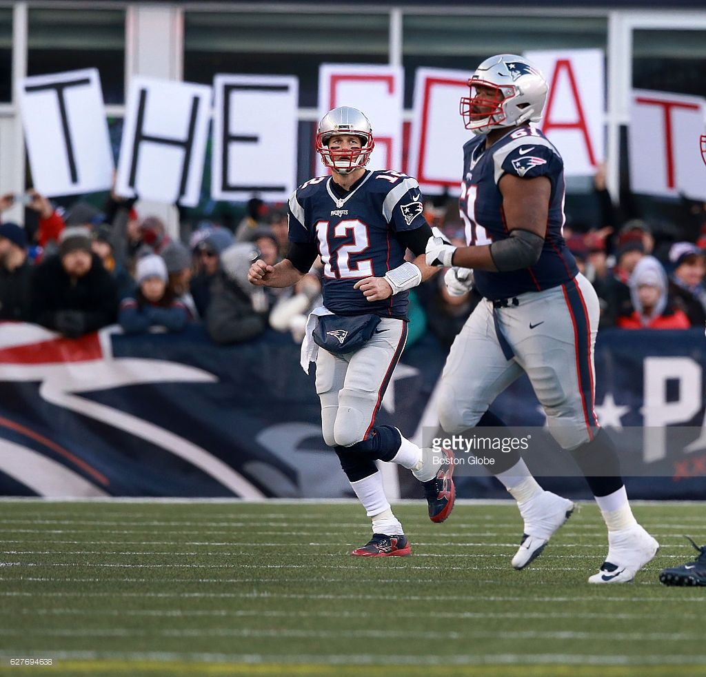 Fans In The South End Zone Salute The Now Greatest Of All Time Goat Patriots Quarterback Tom Brady 12 Nfl Football Games Patriots Quarterbacks South End
