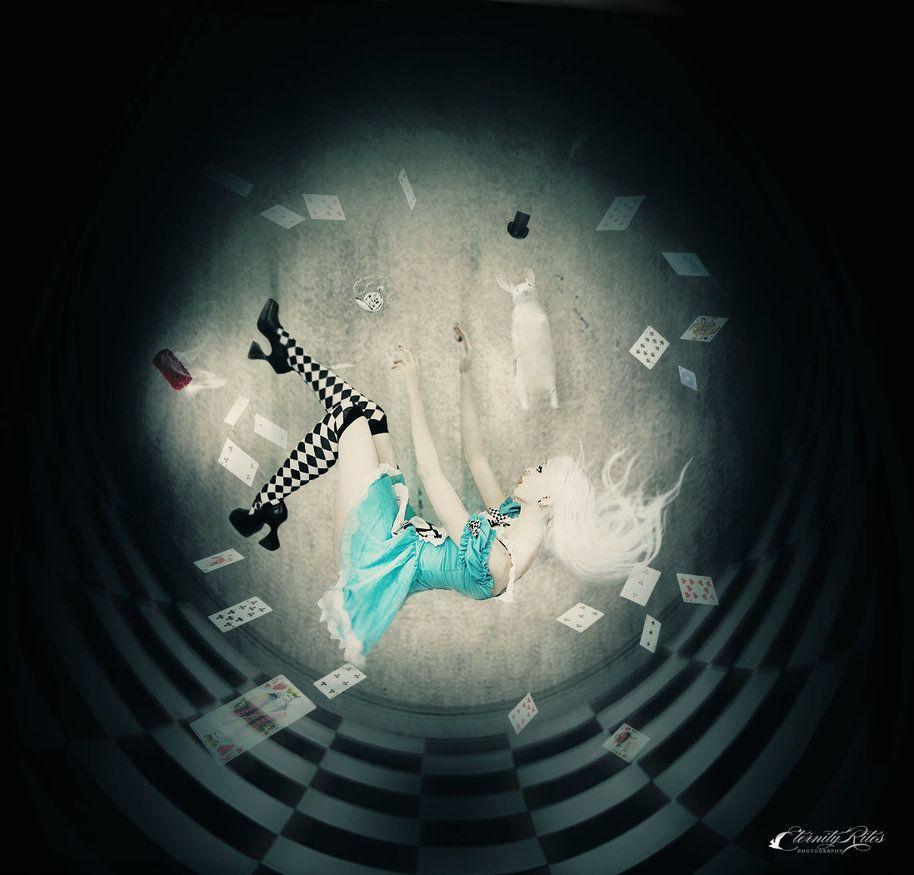 down_the_rabbit_hole_by_eternityrites-d4efss1.jpg (JPEG Image, 914 × 875 pixels)