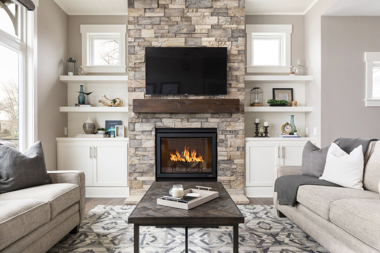 Here's How to Decorate Your Fireplace So It Looks Stylish ...