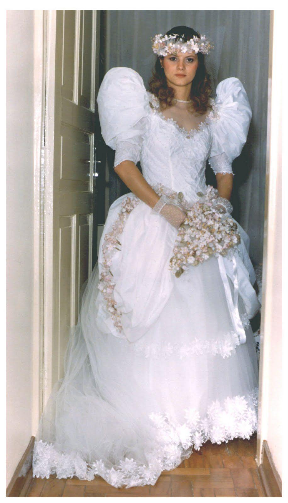 Pin by estella scallony on trajes de novia de pinterest