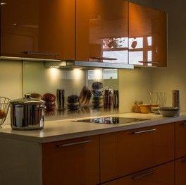 spritzschutz selbst gestalten klappspiegel pinterest spritzschutz klebefolie und k che. Black Bedroom Furniture Sets. Home Design Ideas