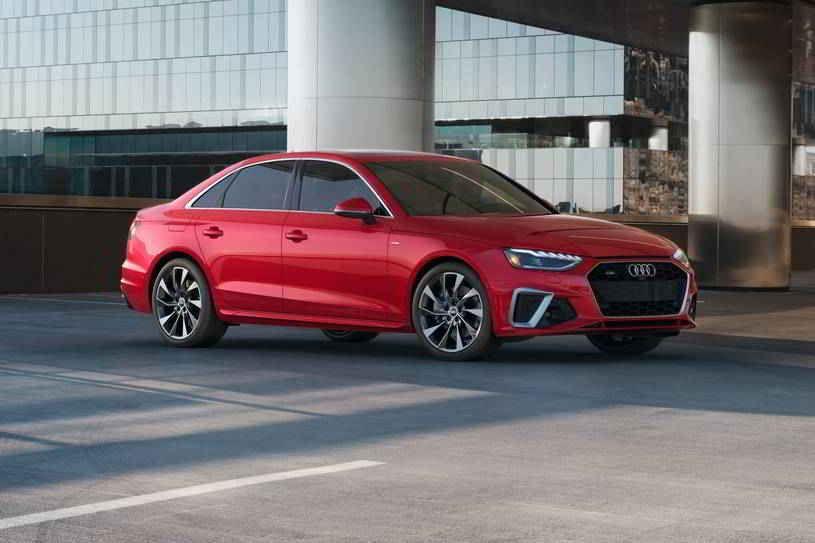 أودي A4 2020 الجديدة تصنف في قمة فئة السيارات السيدان الفاخرة توفر أداء محسن للمحرك ومعالجة متوازنة وتصميم داخلي راقي ومميزات تقنية بديهية Car Bmw Bmw Car