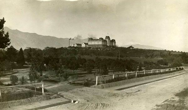 Circa 1890 View Of The Raymond Hotel Atop Hill Courtesy South Pasadena Local History Images Collection Public Library