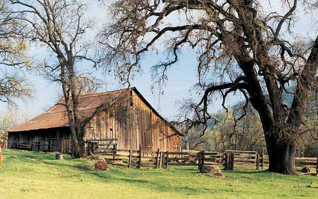 Barn Pictures: Barns of the West