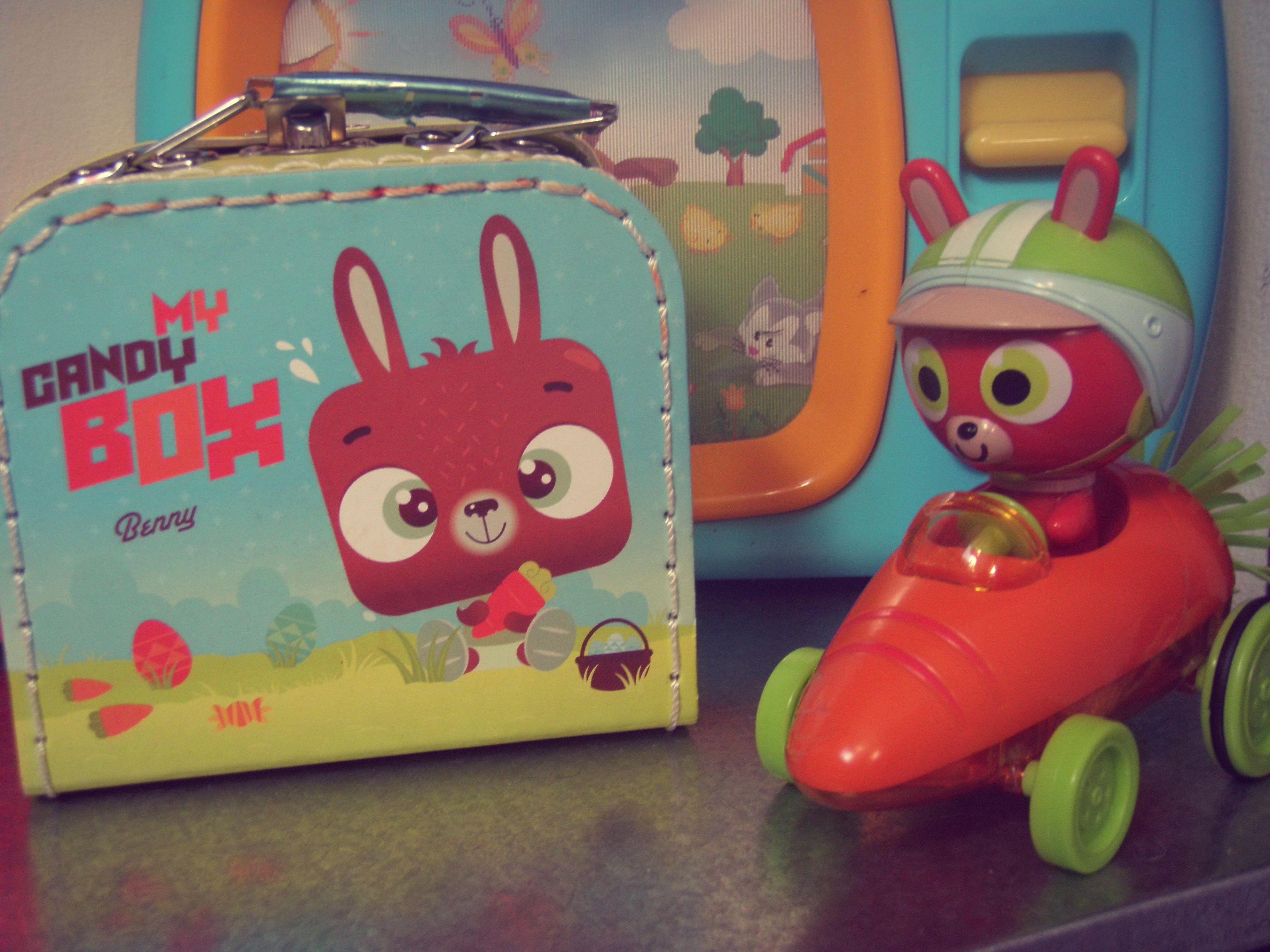 Candy Rabbit Dispenser