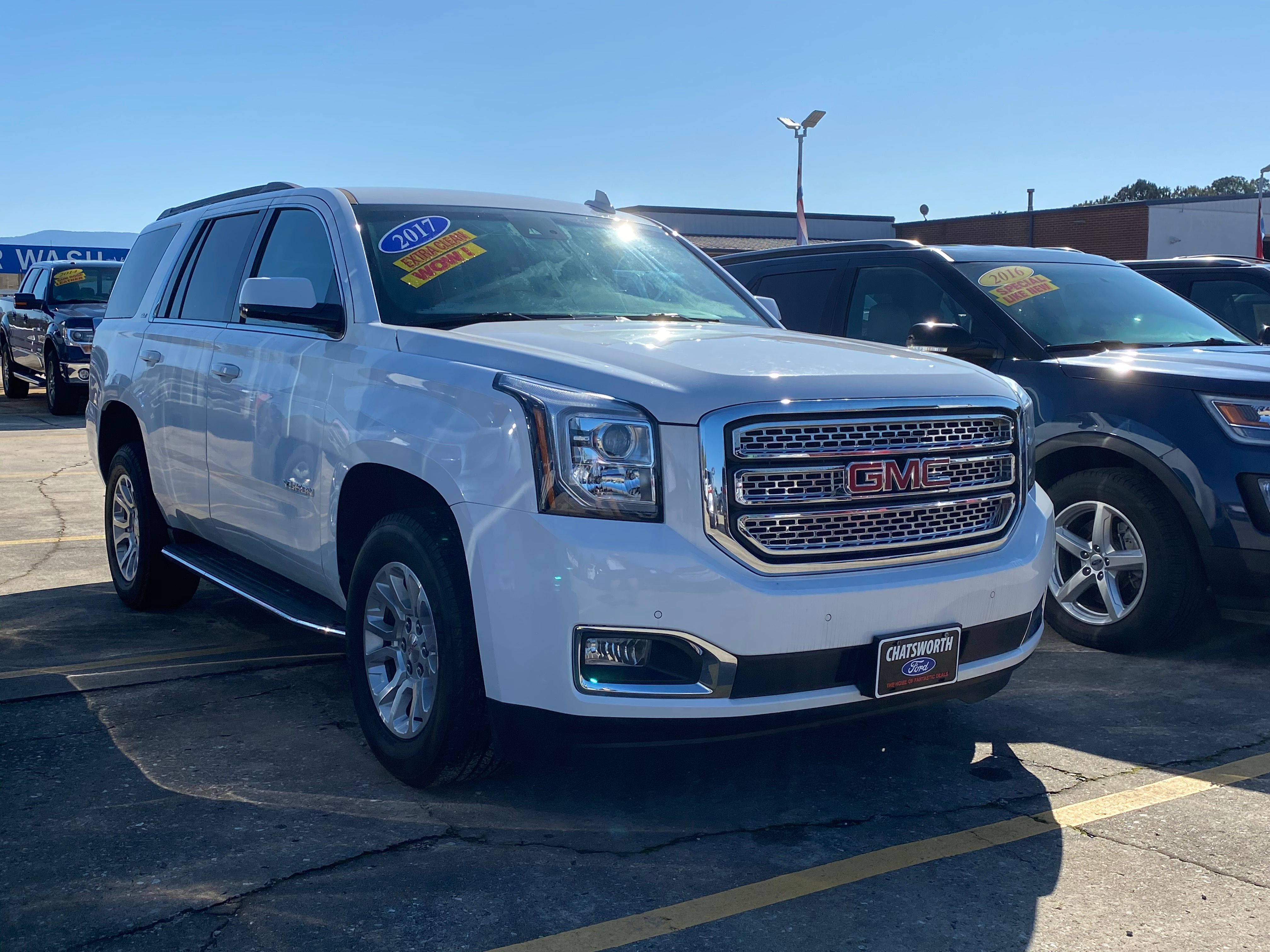 super clean luxury local trade and recent price reduction move your people in style in this 2017 gmc yukon under 70k miles and on in 2020 chatsworth ford gmc yukon pinterest