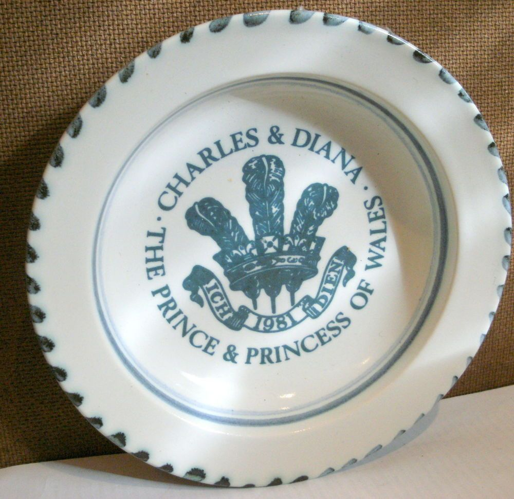 Rye Vintage Pottery CHARLES AND DIANA 6 INCH DIAMETER COMMEMORATIVE DISH