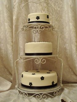 Wedding Cake On Vintage Stand