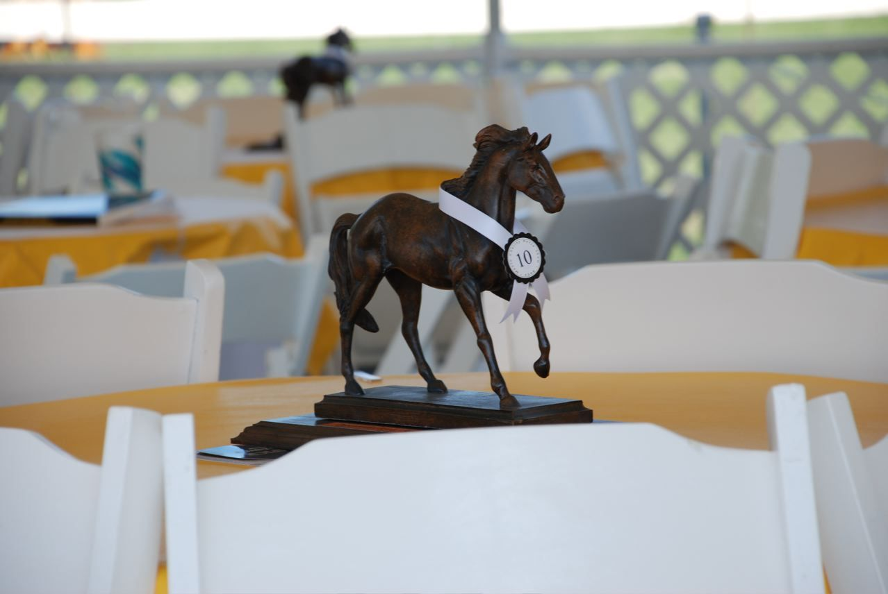 the horses have it derby time derby derby party kentucky derby rh pinterest com