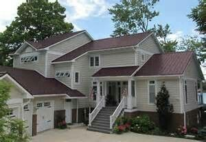 Best Burgundy Metal Roofs Red Roof House Green Roof House 400 x 300