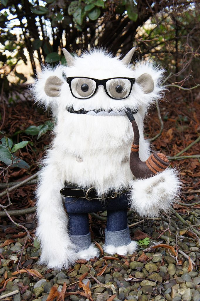 Pin By Lina Ogima On Monsters Love 3 Monster Dolls Cute