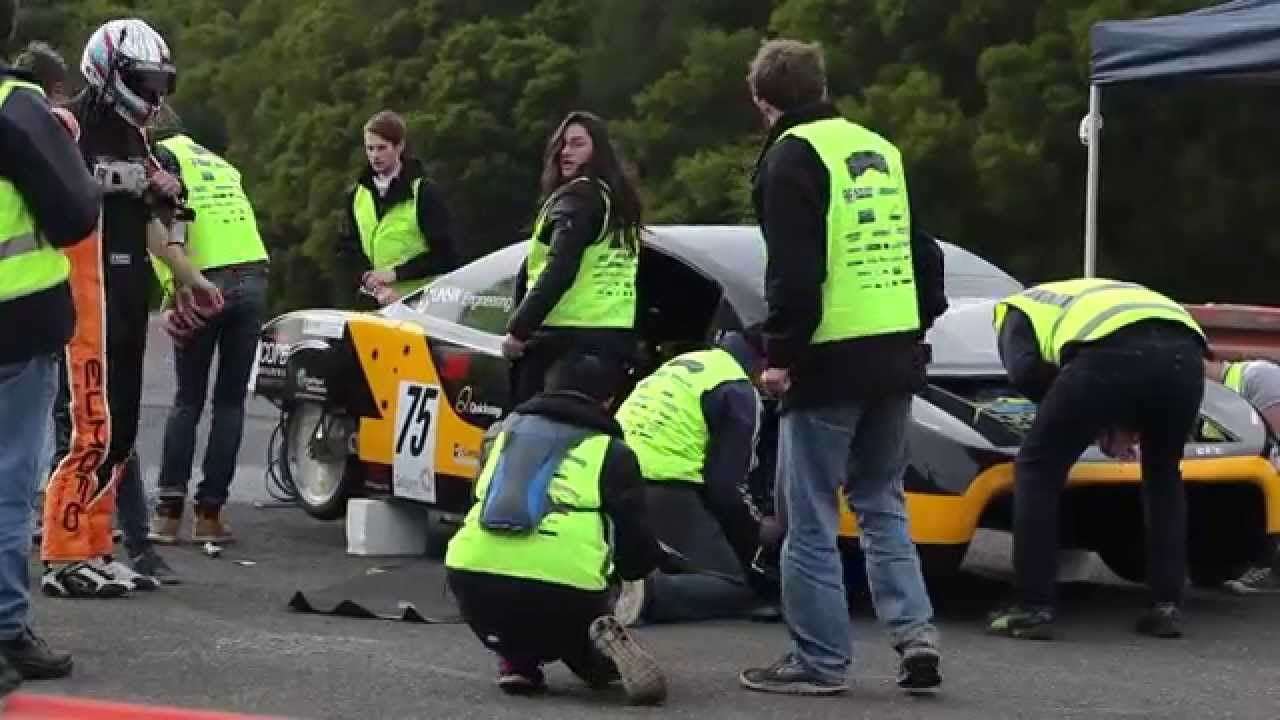 Rekordversuch mit dem Solarauto – Schnellstes Elektro-Auto über 500km?!