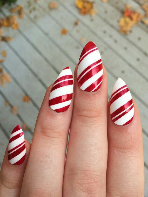 A set of 20 hand painted candy cane stiletto nails. The nails come in 10  different sizes of each size include in the - Pin By Debbie Echevarria On Stiletto Nails Pinterest