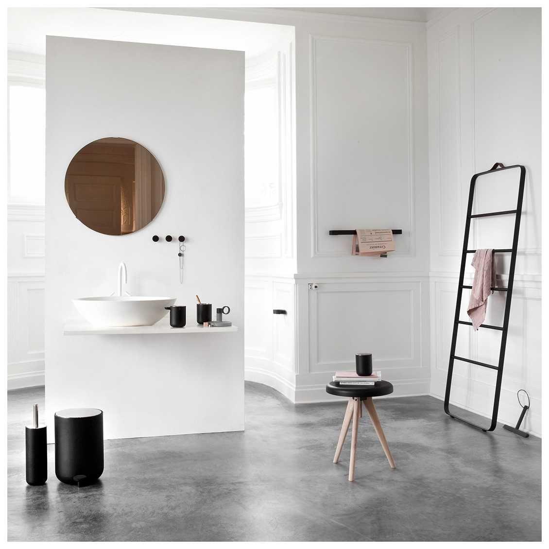 Het #Towel Ladder #Handdoekenrek is een ontwerp van #NormArchitects ...