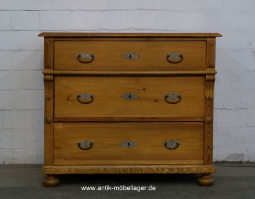 Antike Weichholz Kommode Antike Mobel Antique Furniture Pinterest