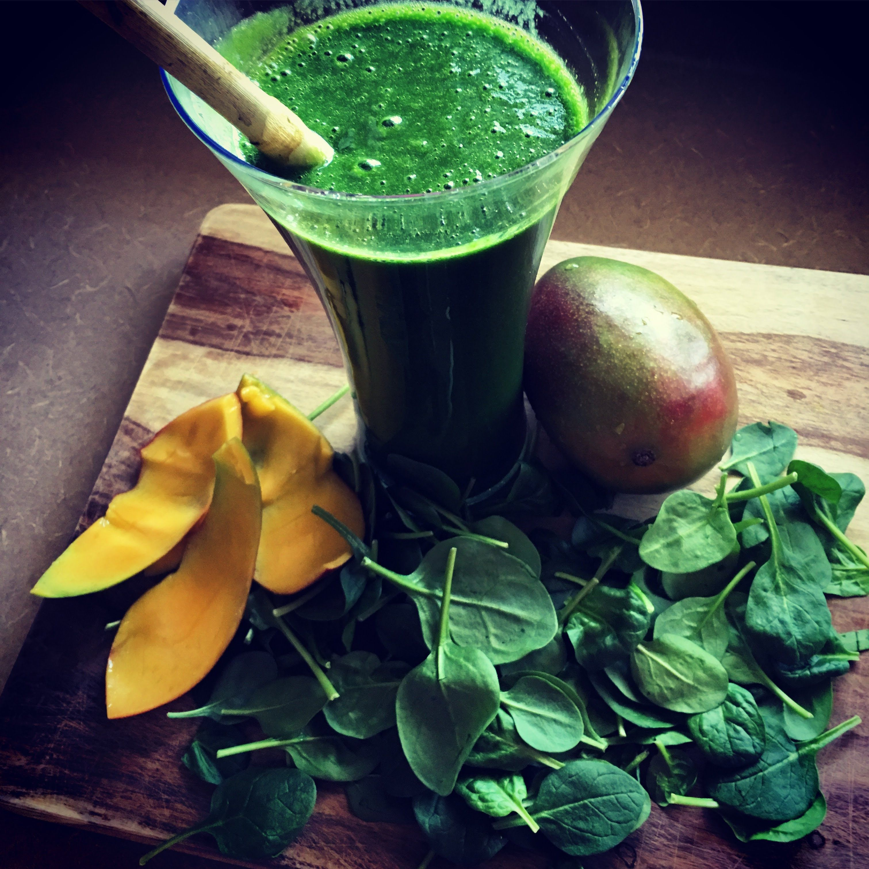 Photo of 1/2 pound greens in one SMOOTHIE -let's make it together :) –  1/2 pound greens …