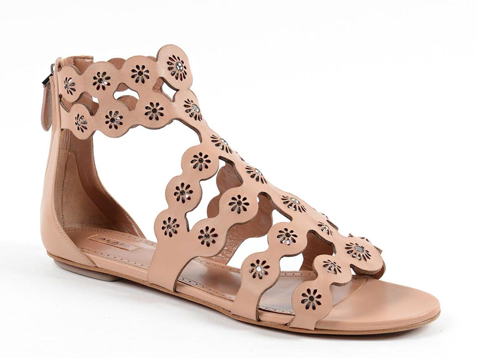 85f13854b4ed Alaïa flats sandals in Nude Leather