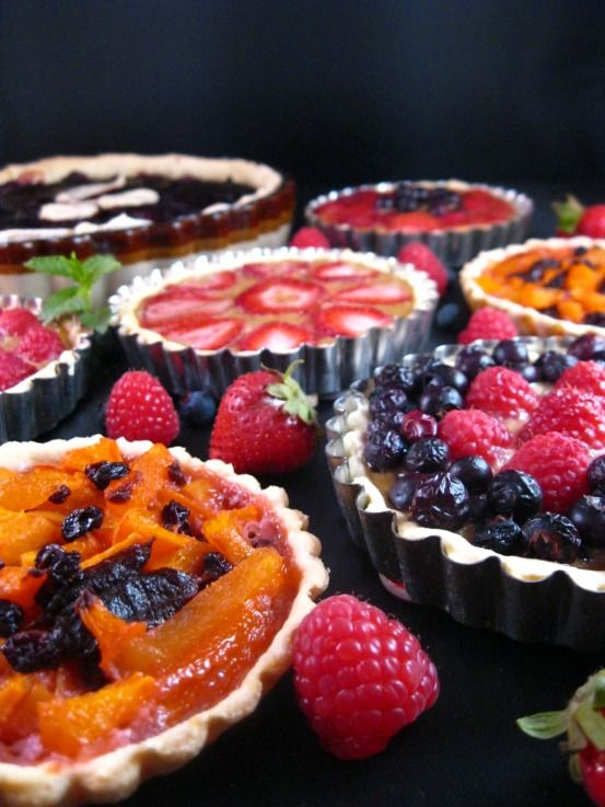 Medieval fruit tarts blueberry strawberry apricot cherry medieval fruit tarts blueberry strawberry apricot cherry forumfinder Image collections